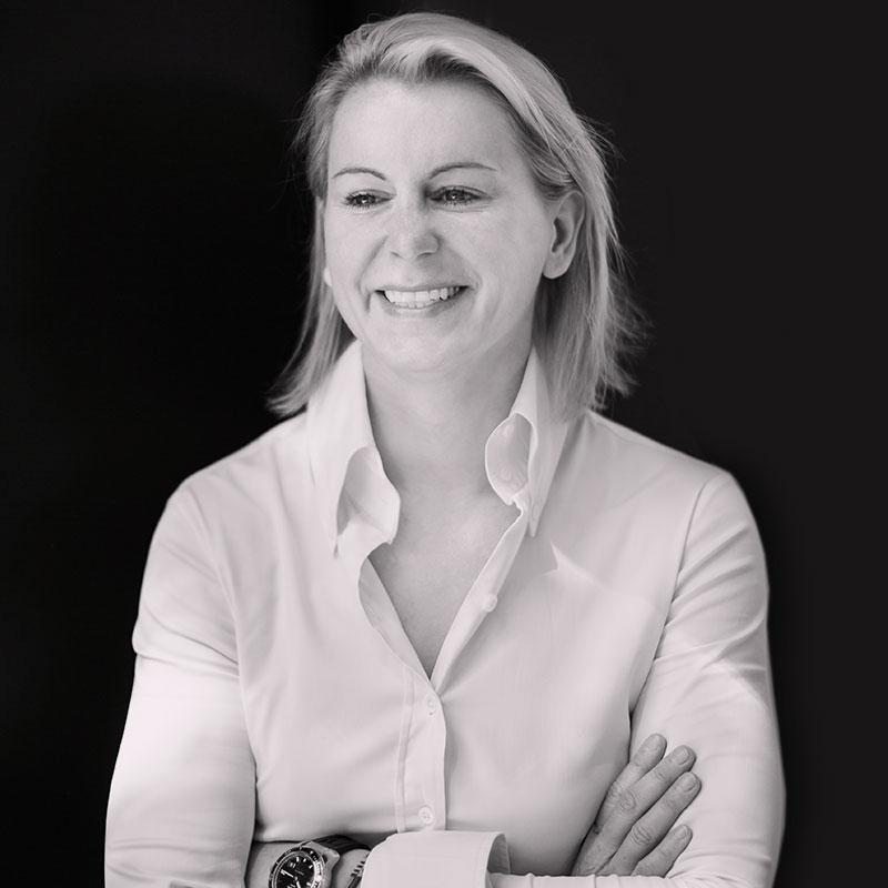Die Klinik Dr. Katrin Müller bietet Körperstraffung mit Renuvion® in Hannover